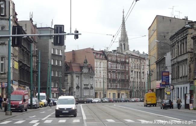http://kolejnapodroz.pl/wp-content/uploads/2014/12/katowice_warszawska2.jpg