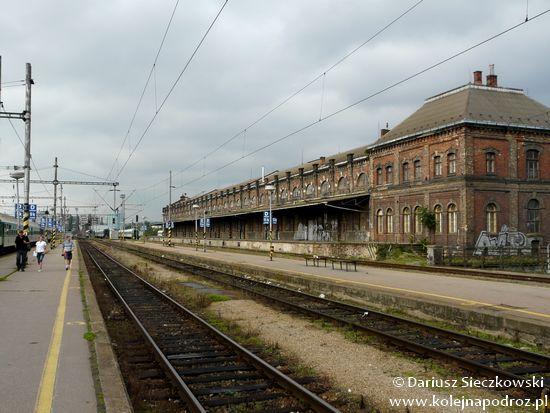 Brno hlavní nádraží - magazyny i hurtownie w okolicy dworca