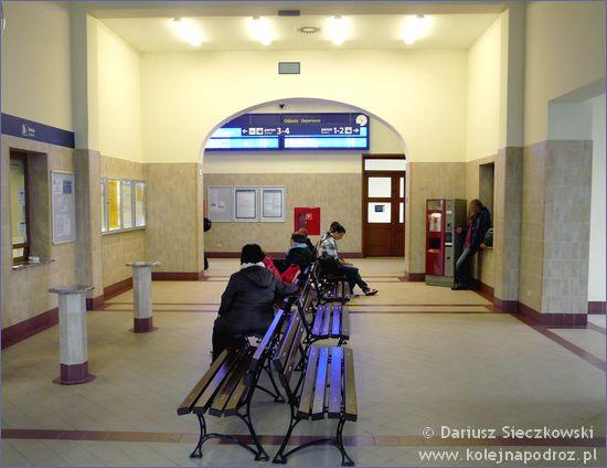 Kluczbork - hol dworca kolejowego