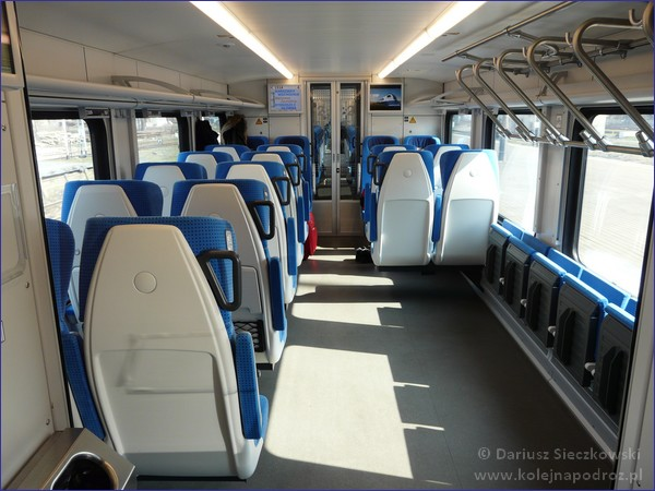 Flirt PKP Intercity