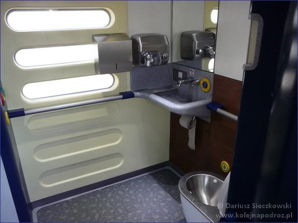 27WEB - toaleta