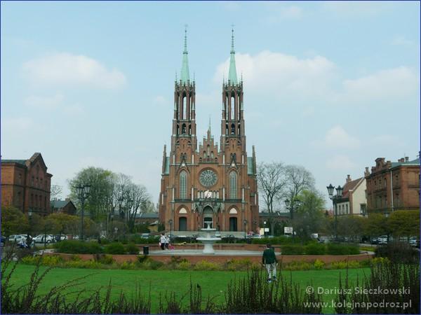 Żyrardów - kościół pw. Matki Boskiej Pocieszenia