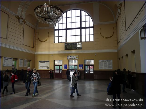 Iwano-Frankowsk - hol dworca