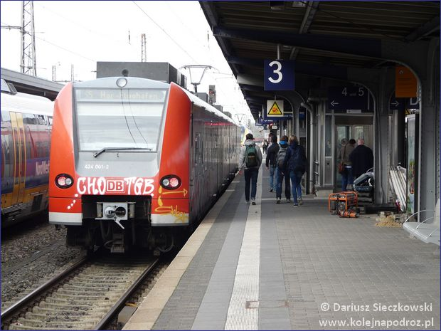 Deutsche Bahn - pociąg podmiejski