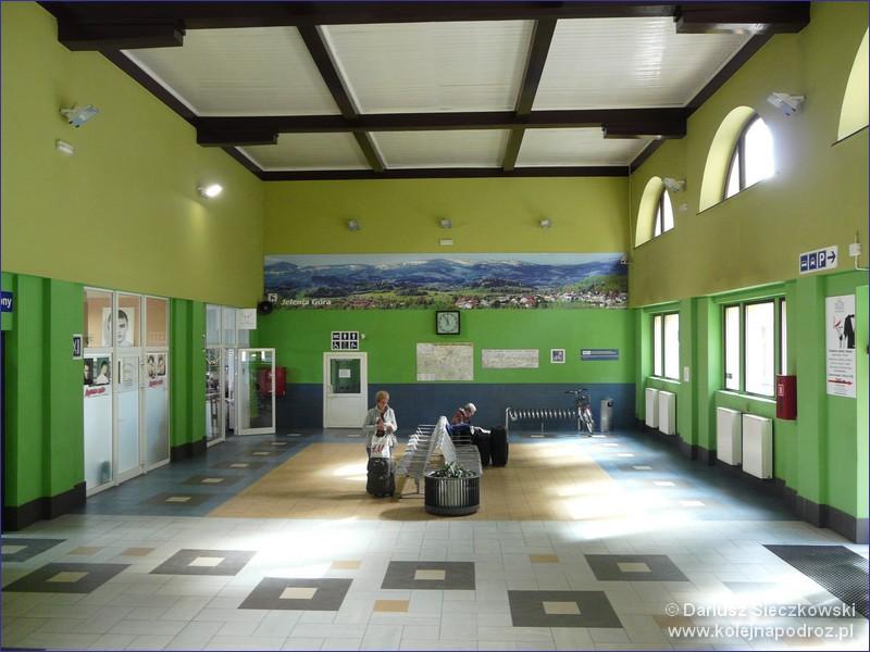Dworzec Kolejowy Jelenia Góra Informacje Kolej Na Podróż